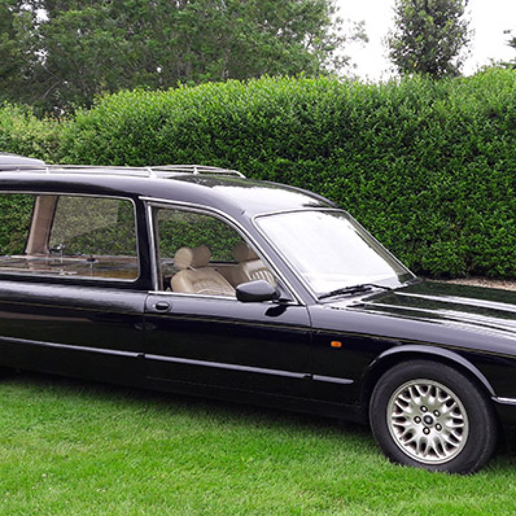 Cheapest Funeral Director Leicester